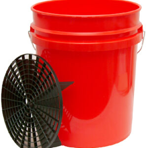 Bucket 5 Gallons with Grid Guard