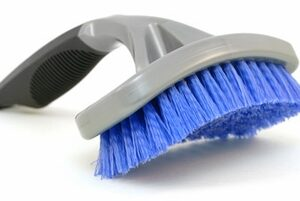 SM Arnold Deluxe Contour Tire Brush